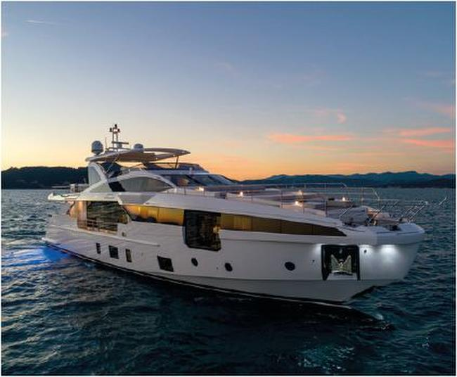 Azimut Grande 32 Metri Yacht for Sale